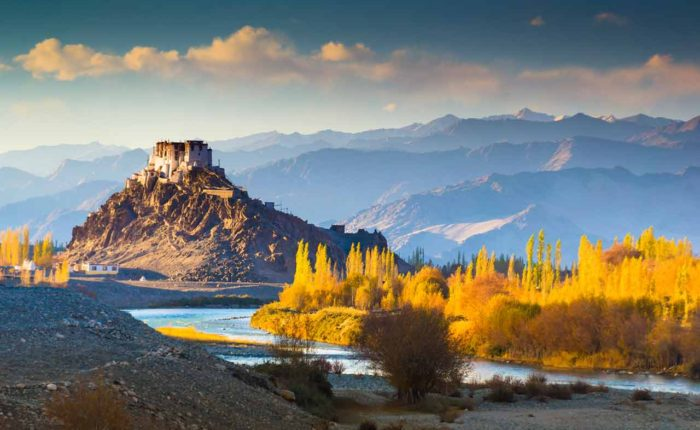 Exotic Kashmir Tour Package - 7 Days and 6 Nights